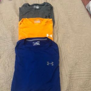 Under Armout Lot of 3 Mens Small